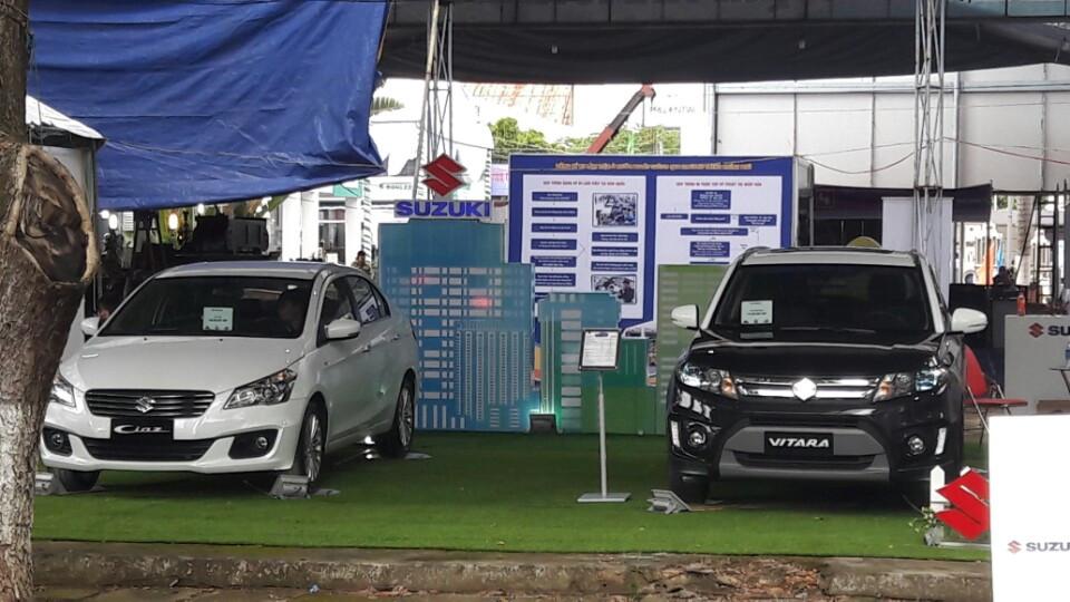 Bên cạnh Ciaz, Suzuki Cần Thơ cũng giới thiệu dòng xe Suzuki Vitaga 2016